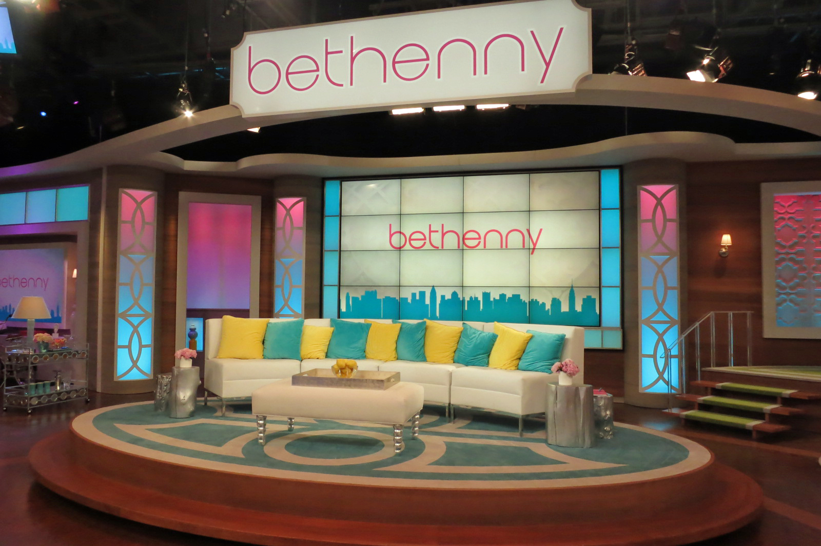 tv-lighting-design-bethenny-3